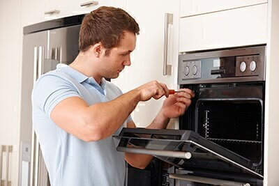 Finding the Best Appliance Fixers image