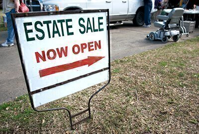 How to Find an Estate Sale Company image