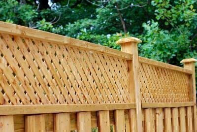 How to Find a Fine Fence Builder image