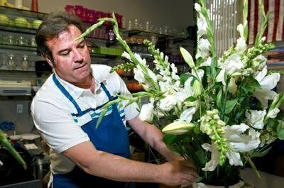 Which Florists Offer the Best Service and Prices? image