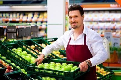 Which Grocery Stores Offer the Best Prices and Quality? image